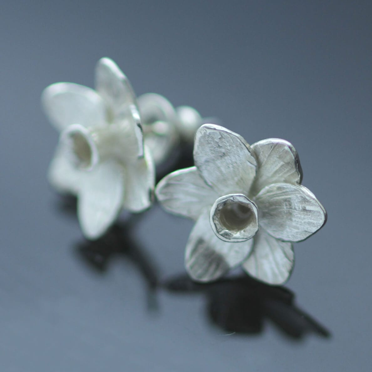 Sterling Silver Daffodil stud earrings