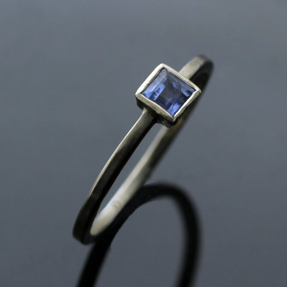 Contemporary stacking ring White Gold Square cut Blue Sapphire