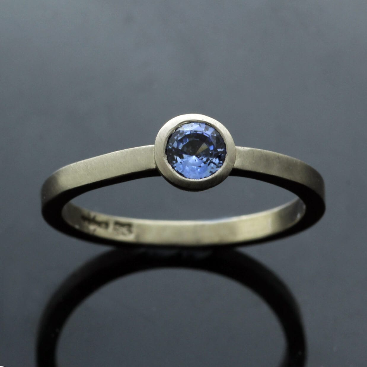Solid 18ct White Gold stacking ring Blue Spinel gemstone