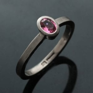 Oval cut Pink Spinel 18ct White Gold modern handmade ring