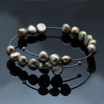 rich coffee colour pearl bracelet handmade