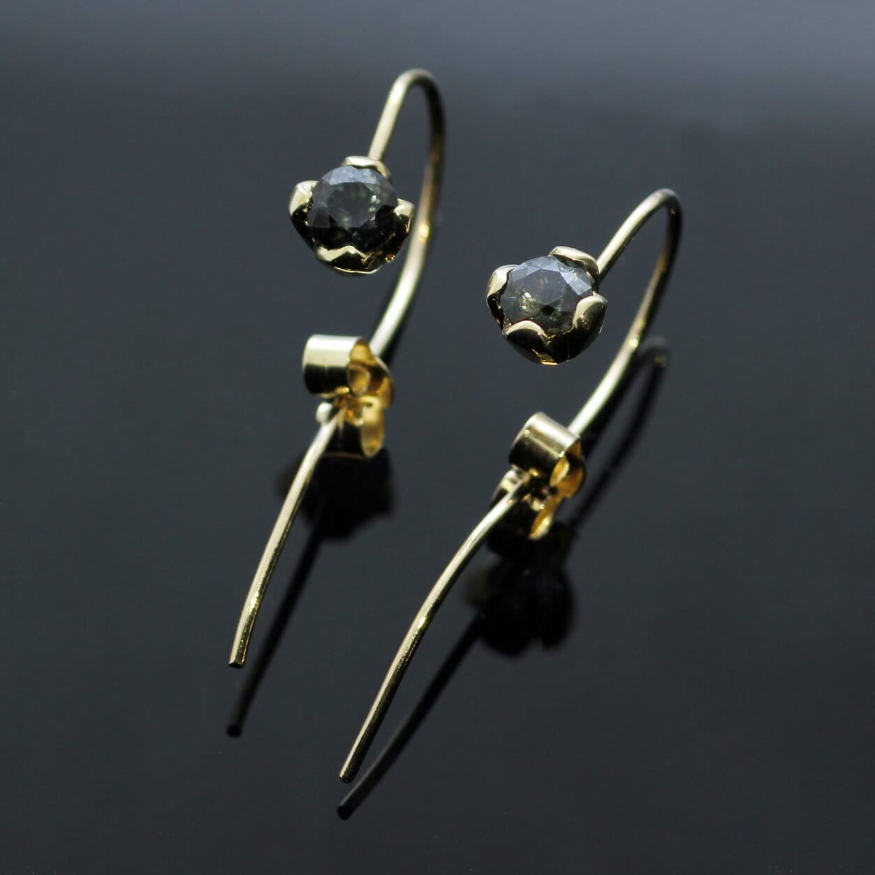 Handcrafted Yellow Gold Round Brilliant Blue Sapphire gemstone dangle earrings