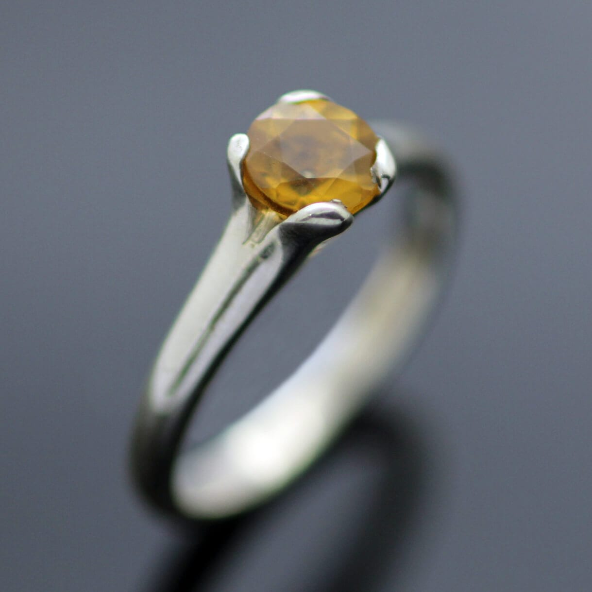 Round Brilliant Citrine gemstone set in Sterling Silver by Julian Stephens