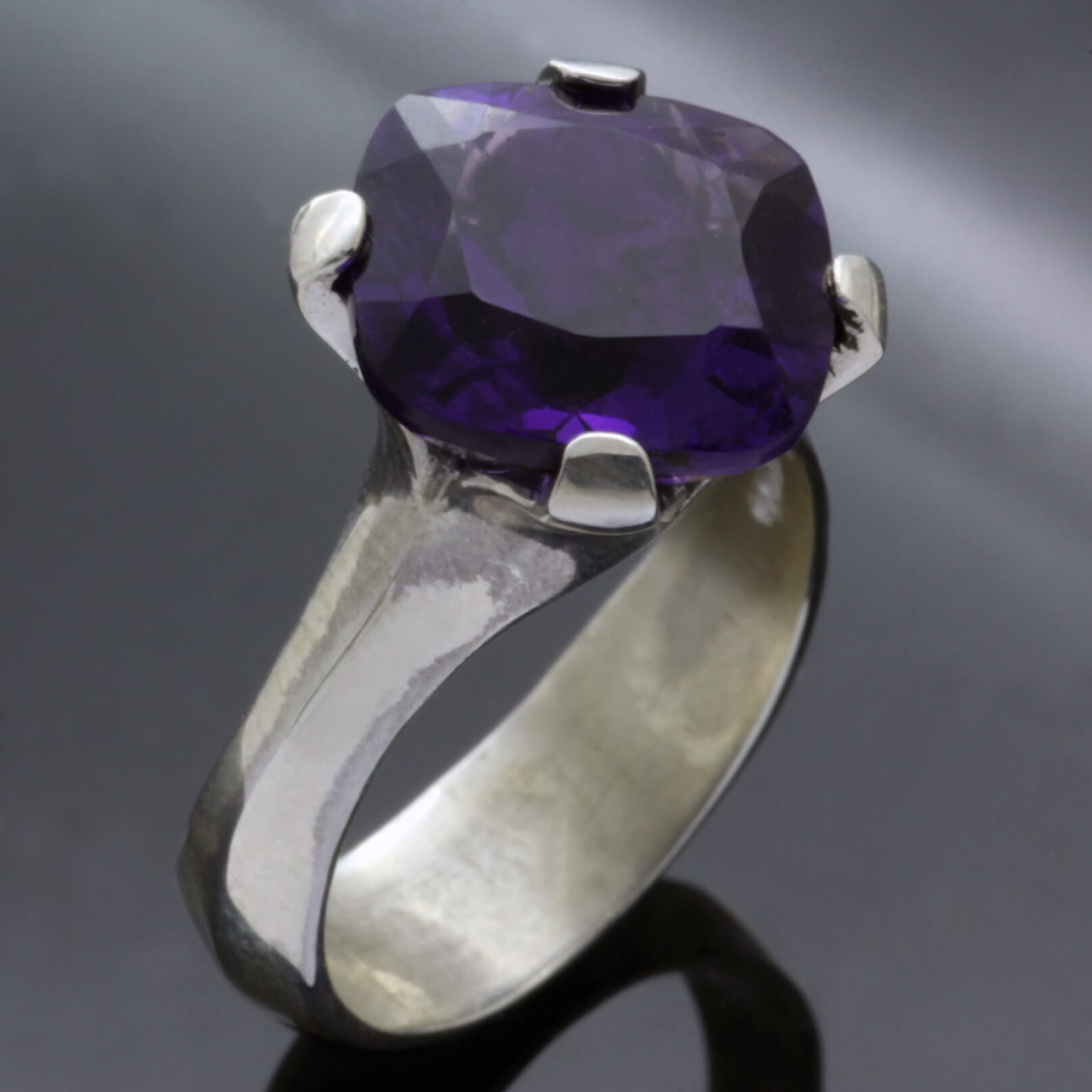 Cushion cut Amethyst gemstone Silver handmade ring