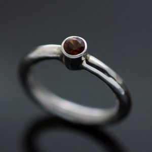 Handmade Garnet Sterling Silver hammered ring contemporary